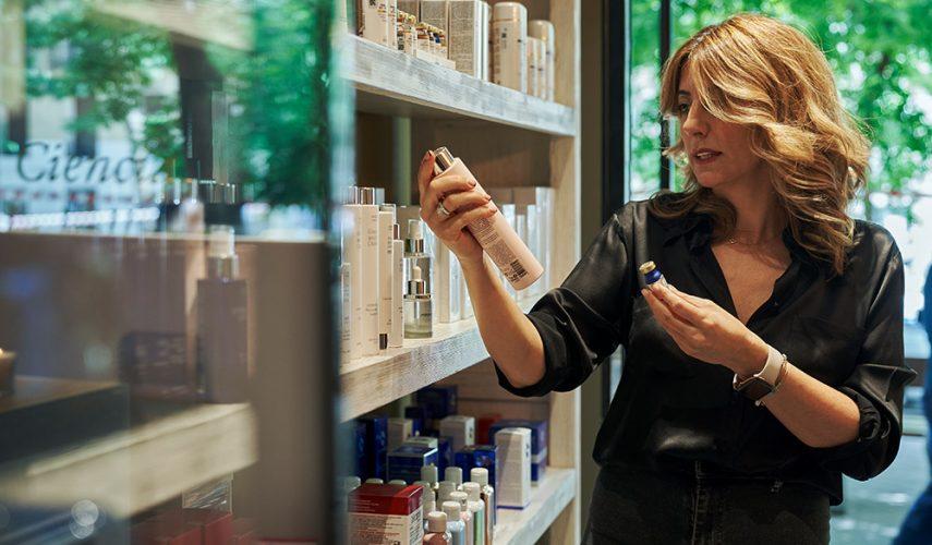 Cuidado de la piel paso a paso: rostro, cuello y escote