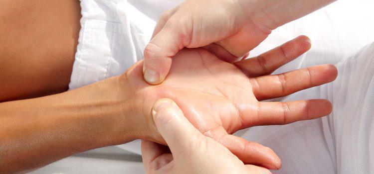 masaje manos y pies