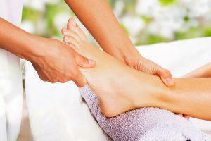 masaje en los pies - reflexología