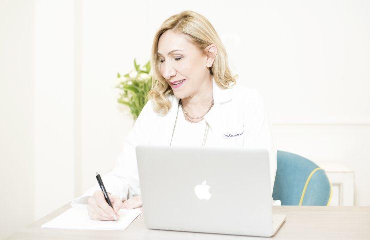 Doctora Carmen Lorente, directora del área médica de The Beauty Concept